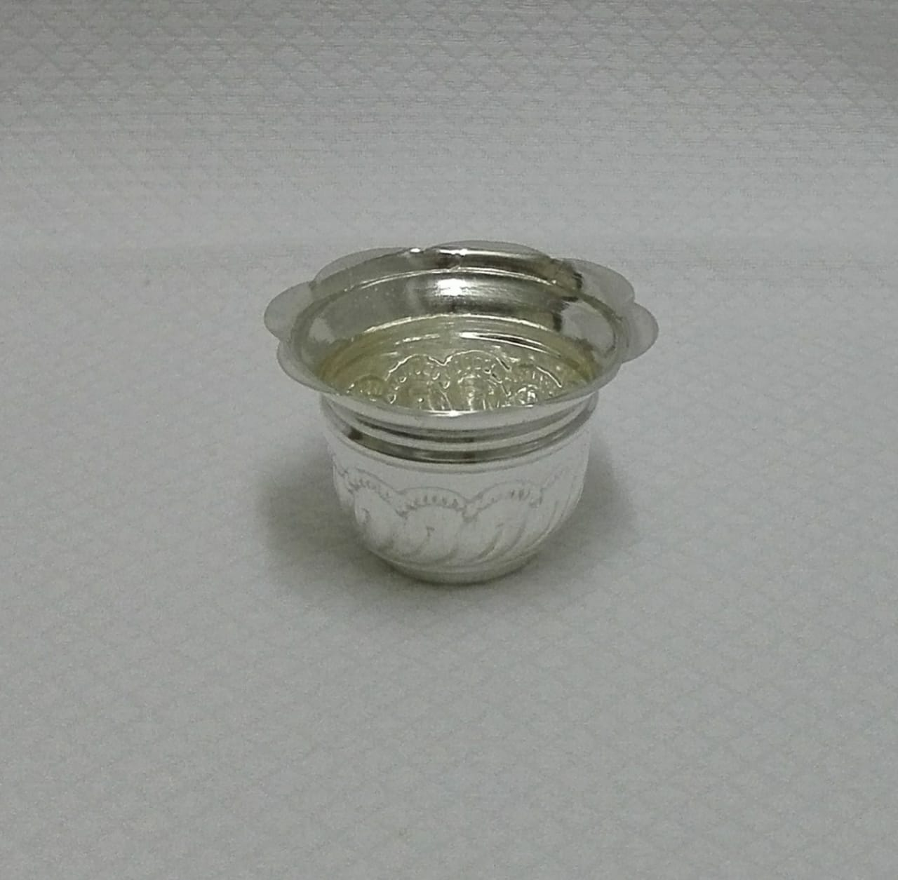 Silver Chandan Container